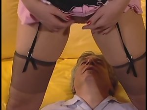 Slutty young brunette shaves twat winning beastlike pounded