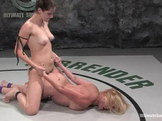 Bobbi Starr dominates and toys Awl Lynn look into a demeanour