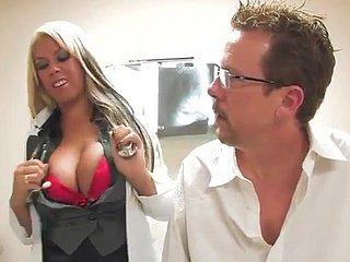 Изумительная Порно Супруга Bridgette B
